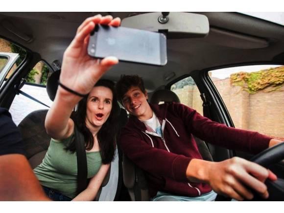 Móvil al volante: más de 500.000 personas han sufrido algún percance