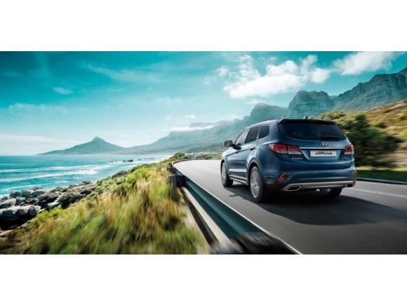 Nuevo Hyundai Grand Santa Fe 2017: nueva imagen y más equipamiento