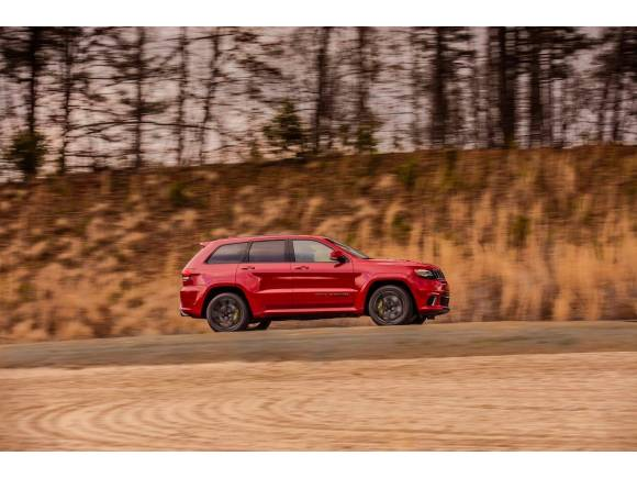 Jeep Grand Cherokee Trackhawk: motor V8 y más de 700 CV para un SUV muy bestia