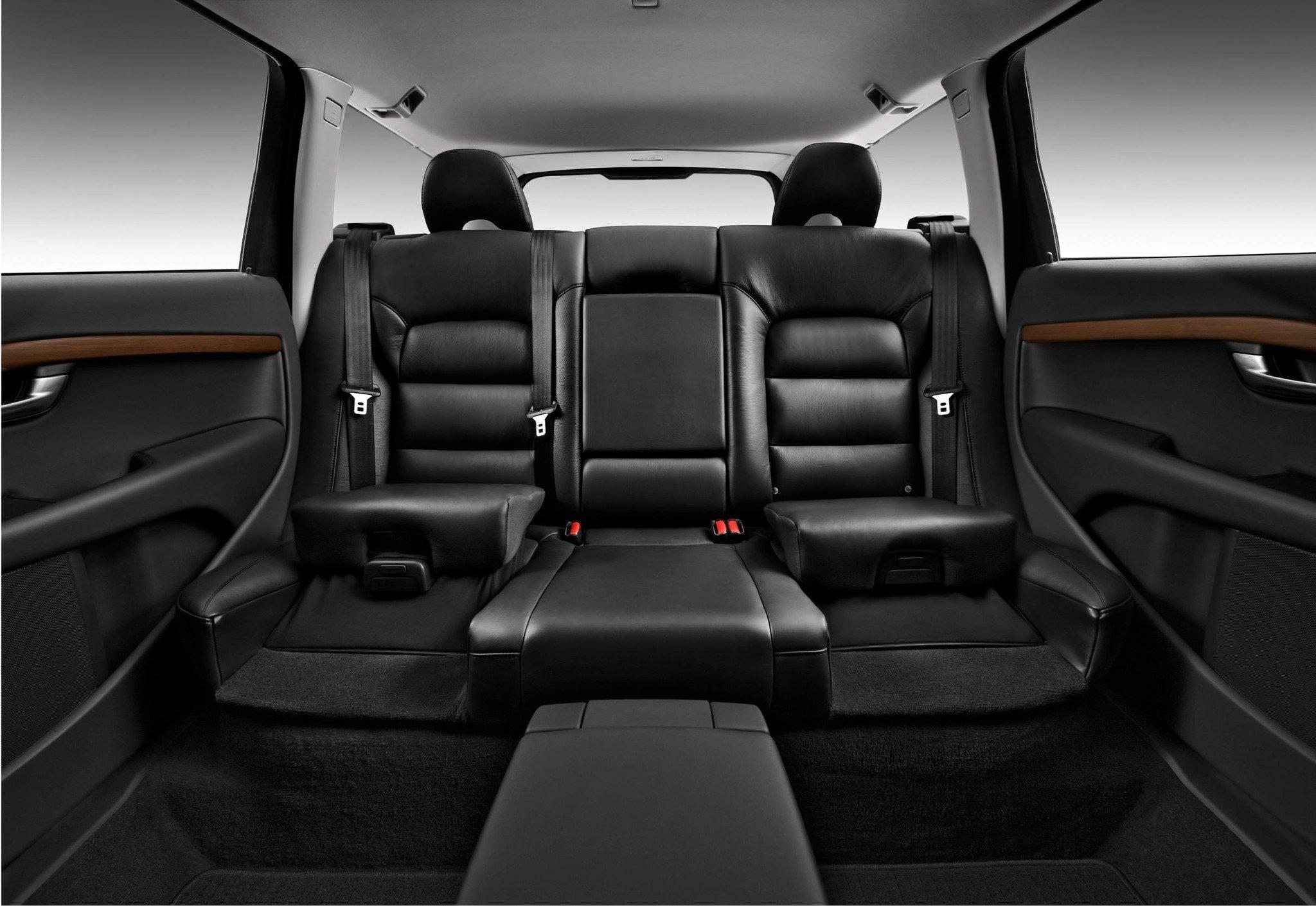 Volvo celebra el 25 aniversario de su asiento infantil for Asiento infantil para auto