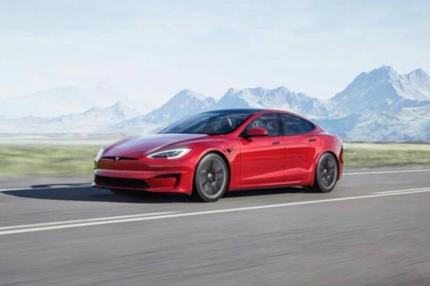 Nuevo Tesla Model S: hasta 1.100 CV y un volante polémico
