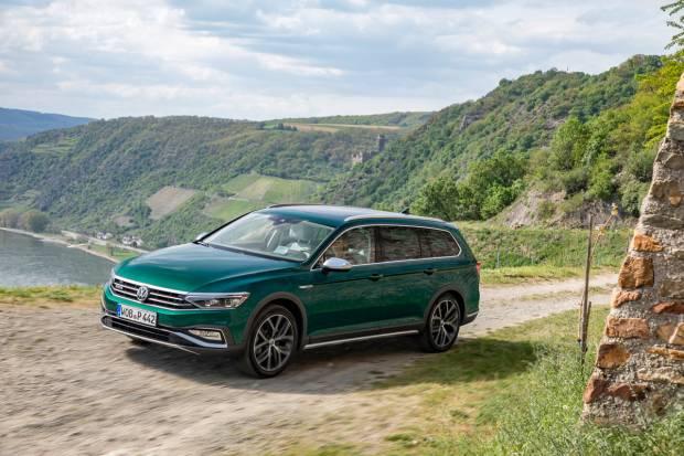 Volkswagen y el Dacia Sandero los más vendidos en agosto