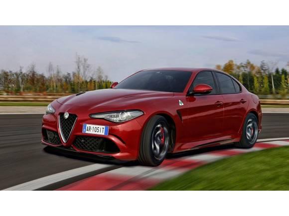 Nuevo Alfa Romeo Giulia Quadrifoglio con cambio autómatico de 8 velocidades