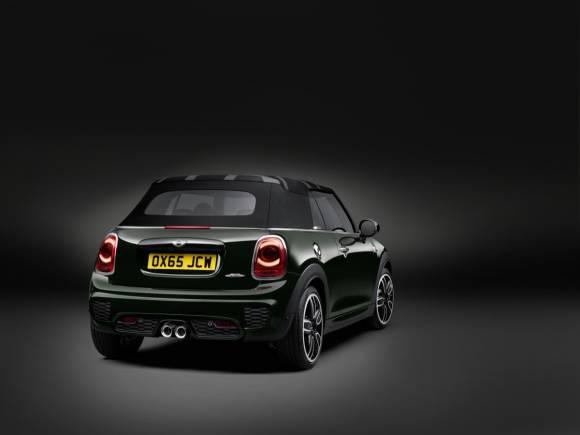 Nuevo MINI John Cooper Works Cabrio: el MINI descapotable más deportivo