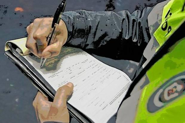 Cómo solicitar la devolución del importe de una multa de tráfico