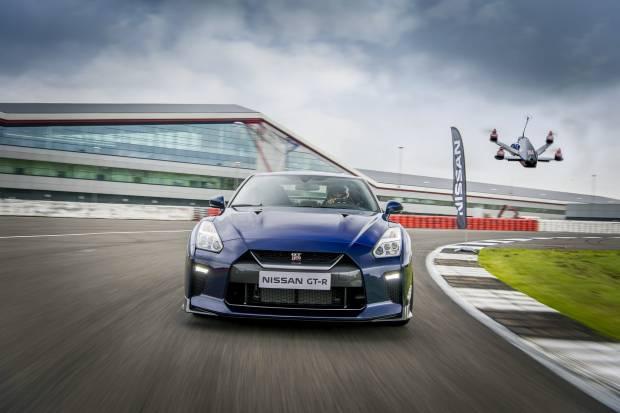 Vídeo: Nissan GT-R Drone, de 0 a 100 km/h en 1,3 segundos