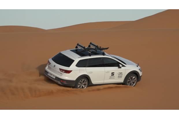 Seat León X- PERIENCE Titan Desert: coche oficial para la carrera más dura del mundo