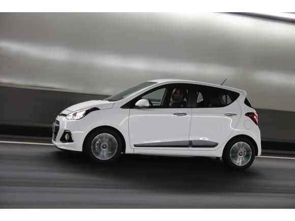 Prueba nuevo Hyundai i10: un coche urbano para salir de la ciudad