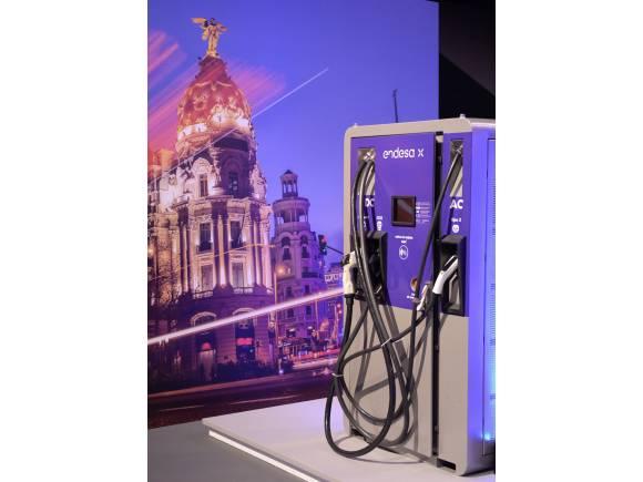 Endesa instalará más de 100.000 puntos de recarga para coches eléctricos