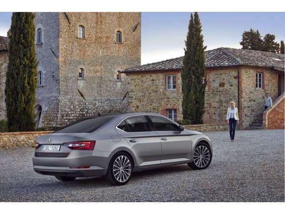 Prueba: nuevo Skoda Superb 2015