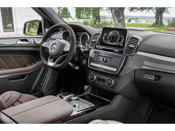 """Nuevo Mercedes GLS: el """"Clase S"""" de los SUV"""