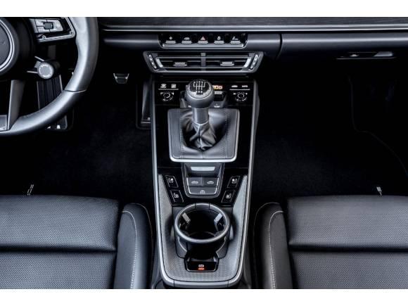 Porsche 911, ahora, con cambio manual de siete velocidades