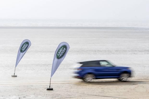 El Range Rover Sport hace el 0 a 100 km/h en todos los terrenos