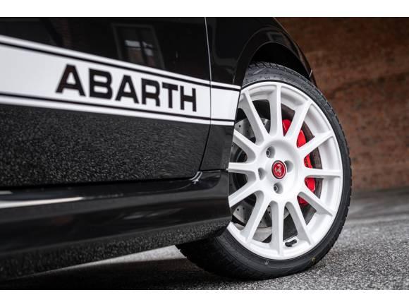 Abarth 695 Esseesse: una edición limitada en dos colores
