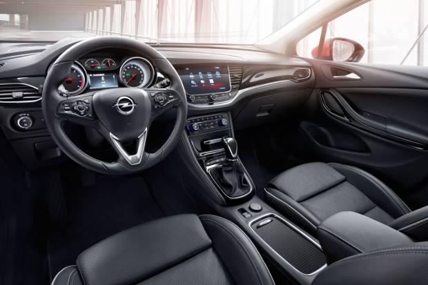 Pruebas astra K Sports Tourer (auto 10, Motorpasion y coches.net) Opel-astra-sports-tourer_fm_84407