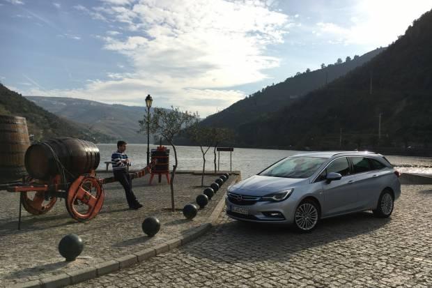Pruebas astra K Sports Tourer (auto 10, Motorpasion y coches.net) Opel-astra-sports-tourer_fm_84427