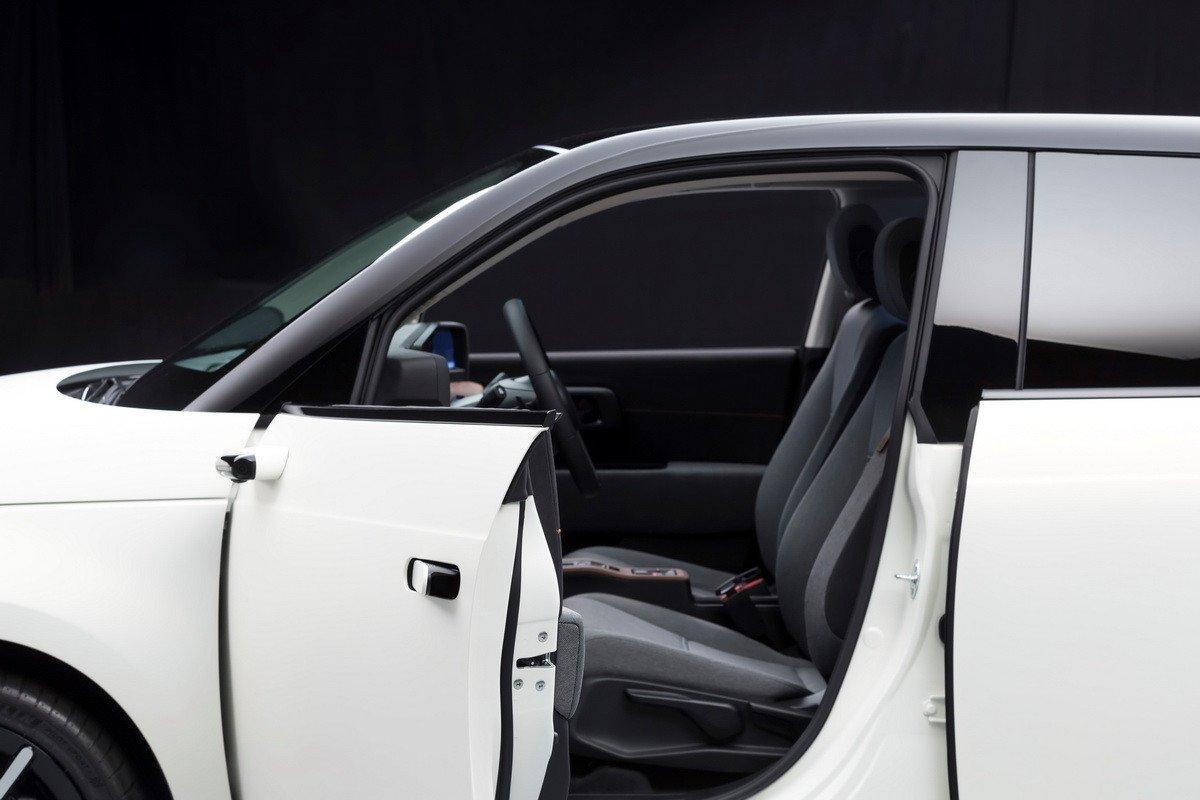 El Honda E llevará de serie retrovisores por cámara