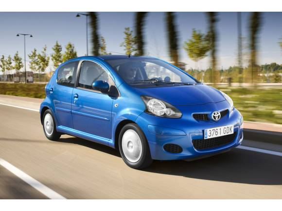 Comprar un coche urbano por 10.000 euros
