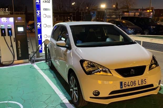 Probamos el cargador de coche eléctrico más caro... ¿Sigue siendo rentable?