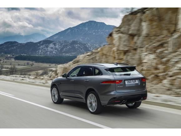 Jaguar F-Pace 2019, mejoras de seguridad y equipamiento