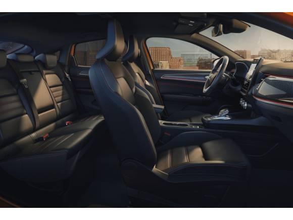 Prueba Renault Arkana 2021: opinión, interior, gama y precios