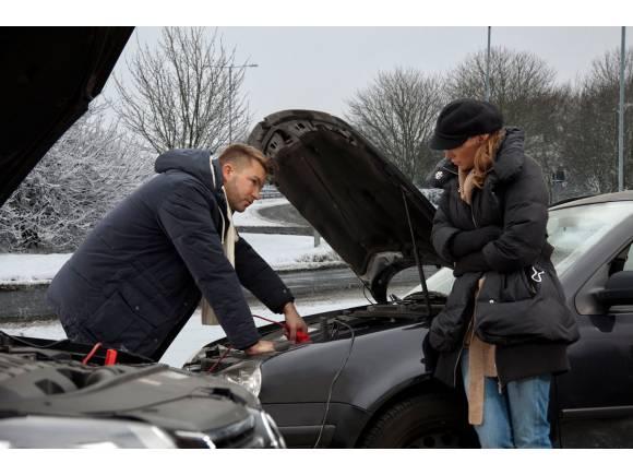 La batería es lo que más se avería en el coche durante el invierno