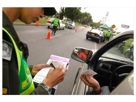Cómo pagar una multa de tráfico
