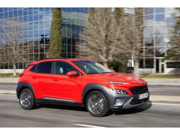 5 coches 100% híbridos pequeños para comprar: nuestra opinión, datos y precios