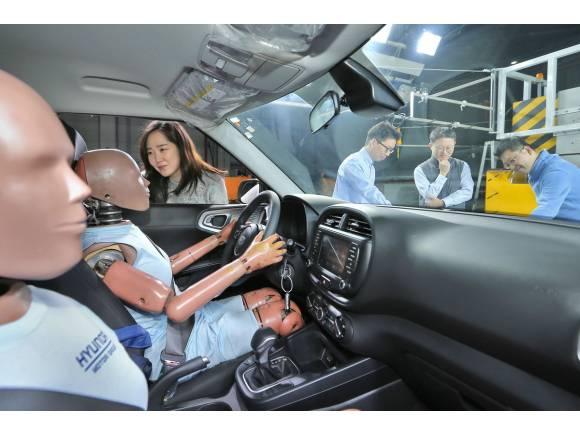 Sistema de airbag de colisión múltiple de Hyundai