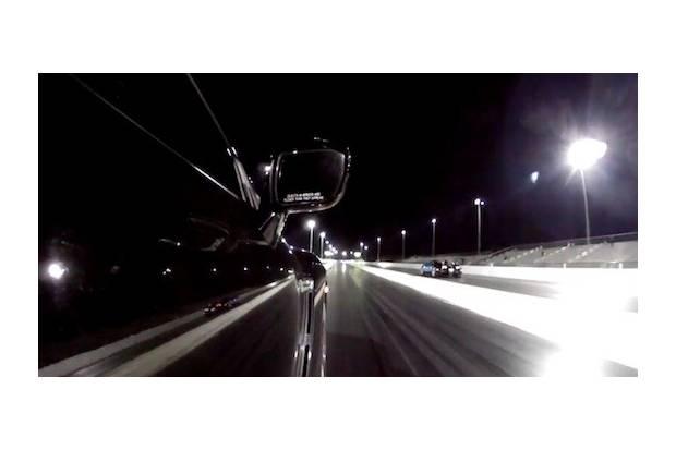 Vídeo: Bugatti Veyron vs Nissan GT-R R35