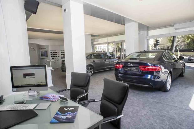 Nuevo jaguar land rover store de madrid - Concesionario land rover madrid ...