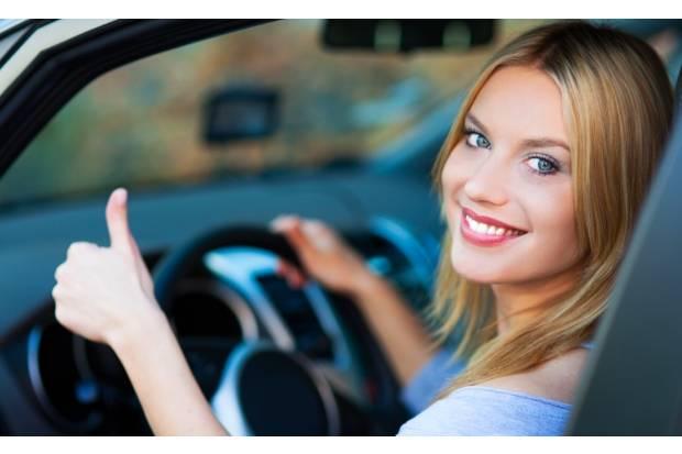 La CNAE y el RACE mejorarán la formación de los conductores noveles