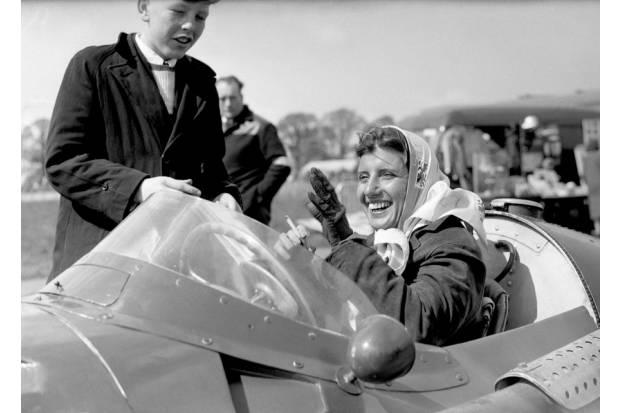 Las diez mujeres piloto que han hecho historia