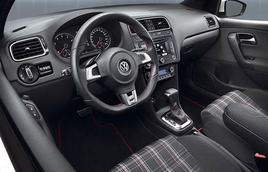 Interior del Polo GTI