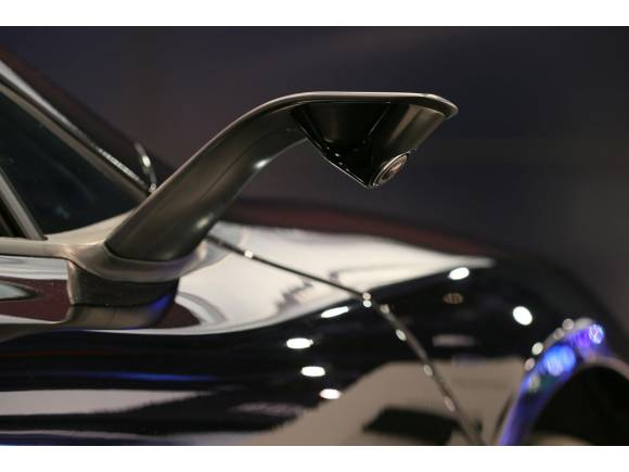 McLaren y JVCKENWOOD se unen para crear un modelo especial