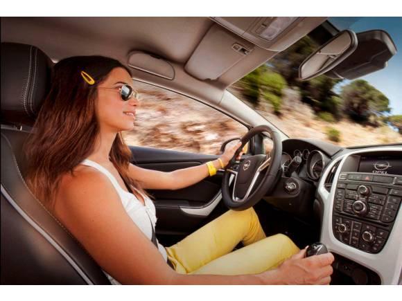 Lista con cosas obligatorias y recomendables si vas a viajar en coche