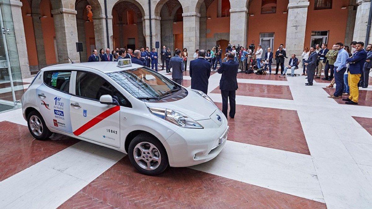 Nissan LEAF - Taxi
