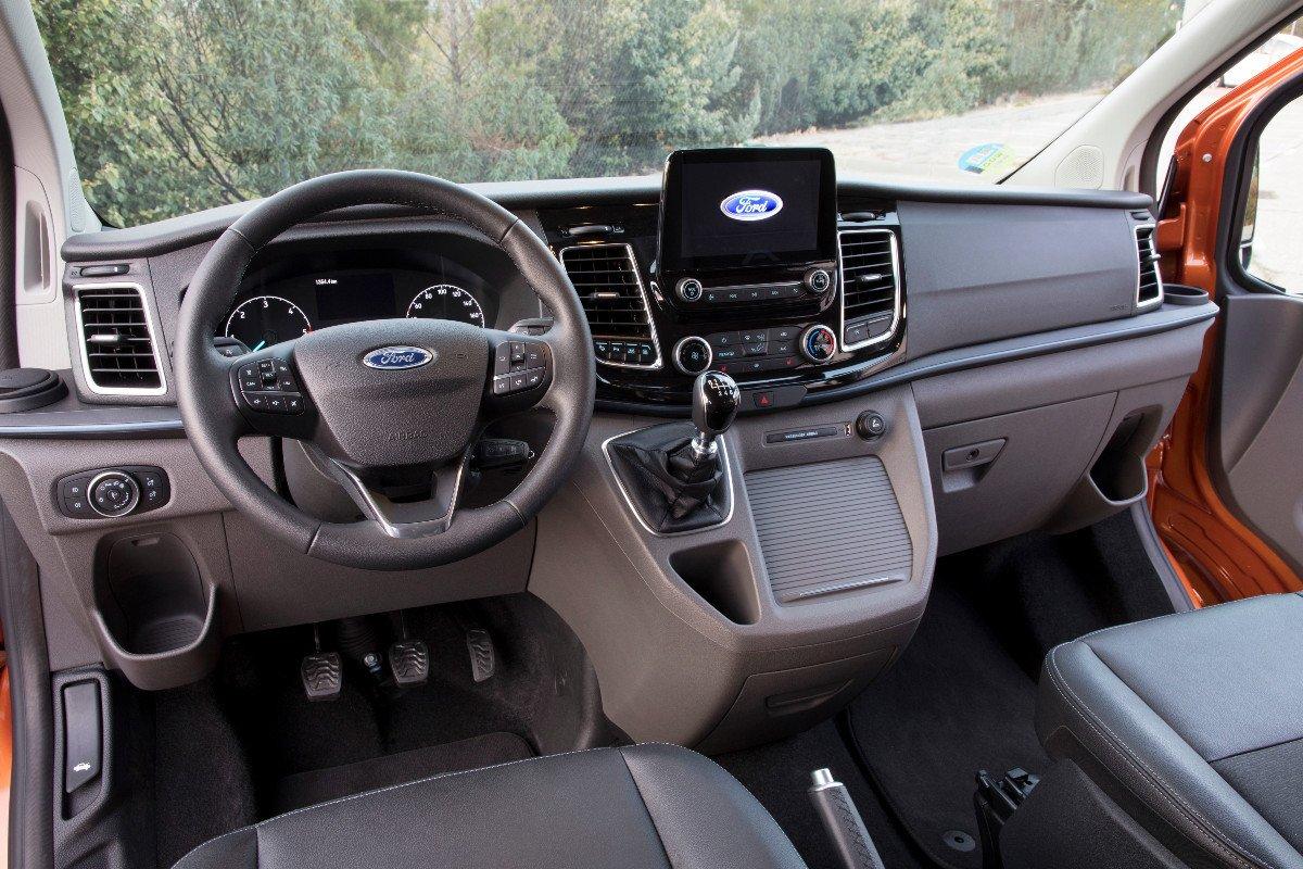 Nuevo Ford Tourneo Custom Active