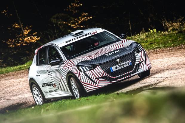 Primeras imágenes de las pruebas del nuevo Peugeot 208 R2