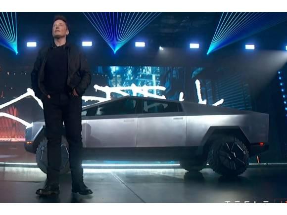 Tesla Cybertruck: ¡¡Pero qué locura es esta, Elon!!