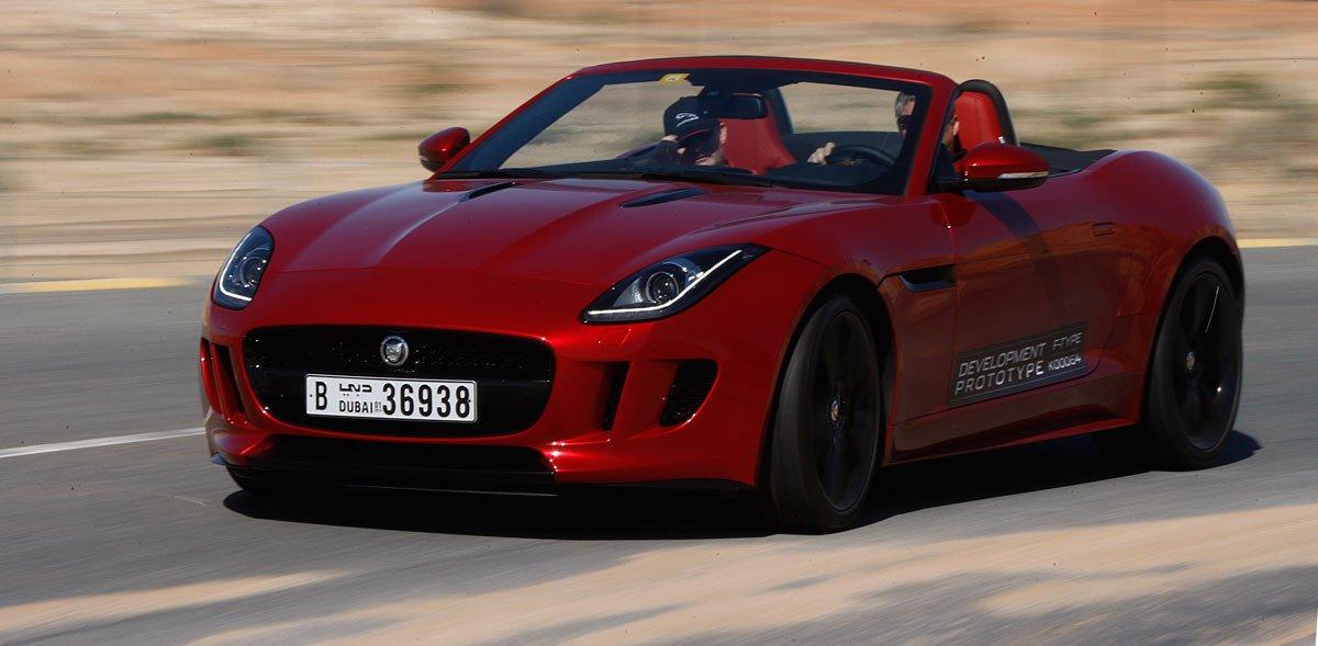 Jaguar land rover ampl a sus instalaciones de ensayos en dubai for Motores y vehiculos phoenix