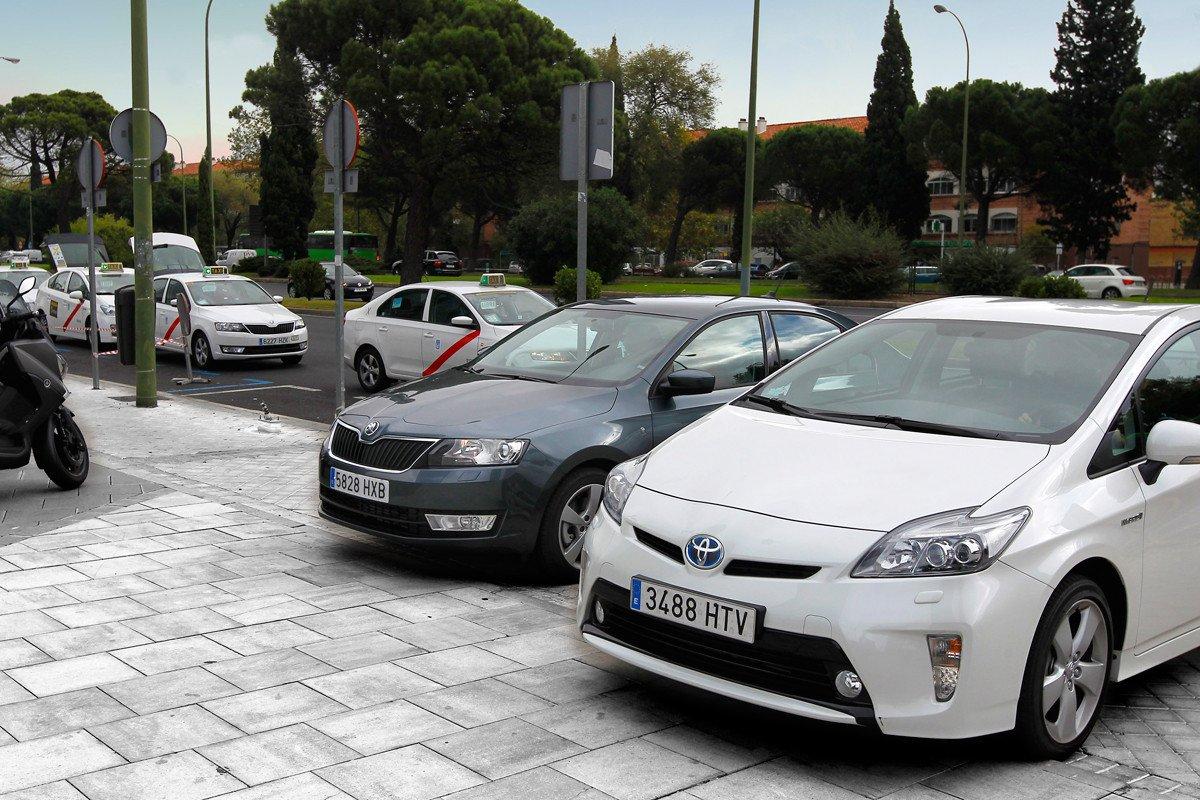 Toyota Prius Skoda Rapid