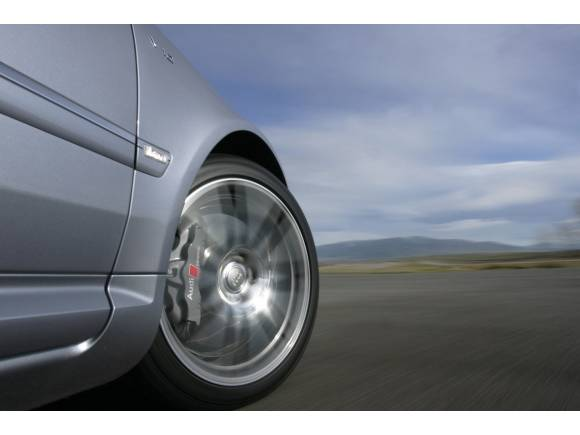 Preocupación en el RACE por la escasa revisión de los neumáticos