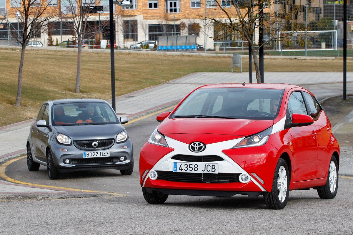 smart forfour y Toyota Aygo