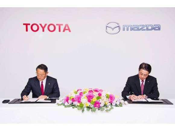 Mazda, Denso y Toyota crean una empresa de coches eléctricos