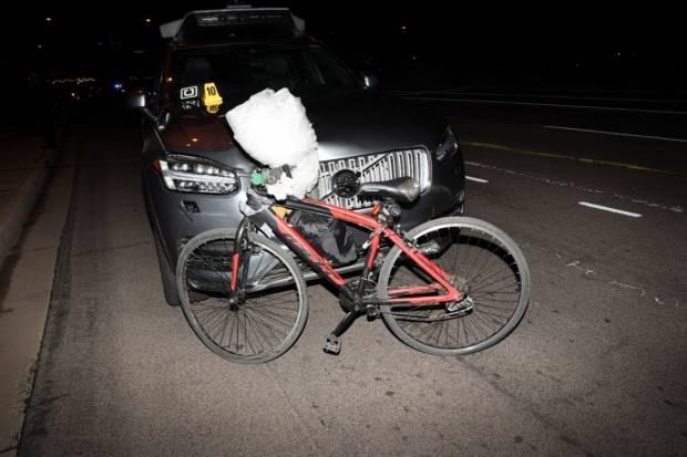La mujer que atropelló a una ciclista en un Uber autónomo, acusada