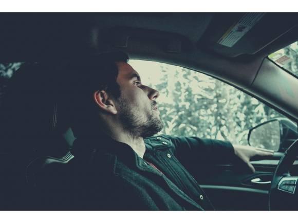 ¿Se puede conducir durante el toque de queda?