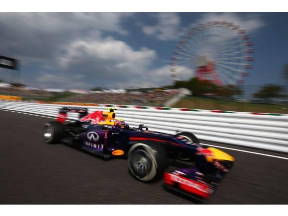 Fórmula 1 2013. Gran Premio de Japón. Webber por delante de Vettel