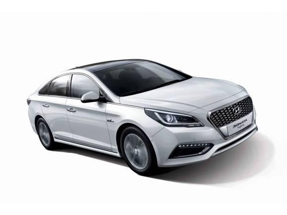 Hyundai presenta el Sonata Híbrido que llegará en 2015