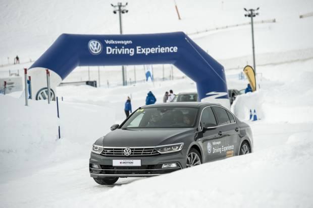 La Escuela de Conducción de Volkswagen vuelve a los circuitos
